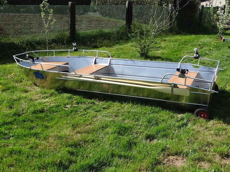 Barco pesca de alumínio (56)