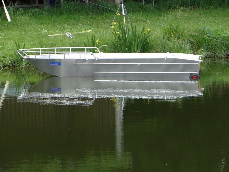 Barco de controlo da poluição (15)