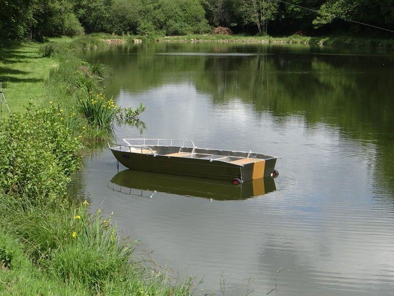 Barco de controlo da poluição (16)