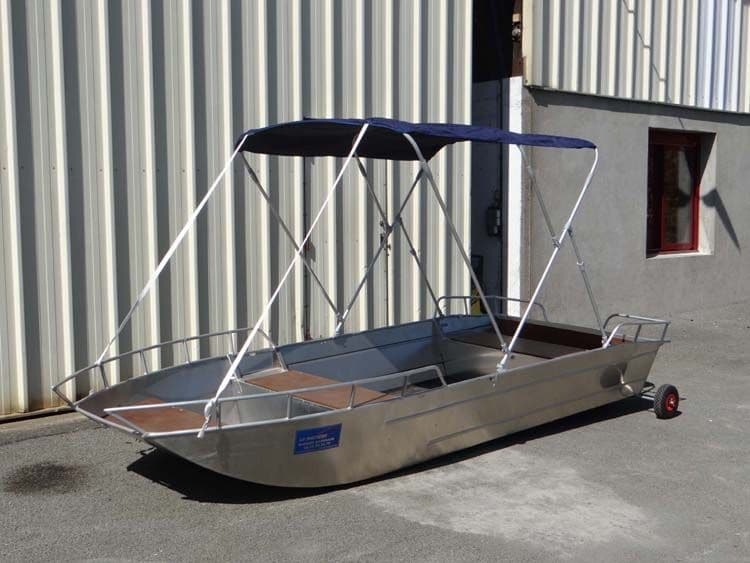 Barco de pesca de alumínio (9)