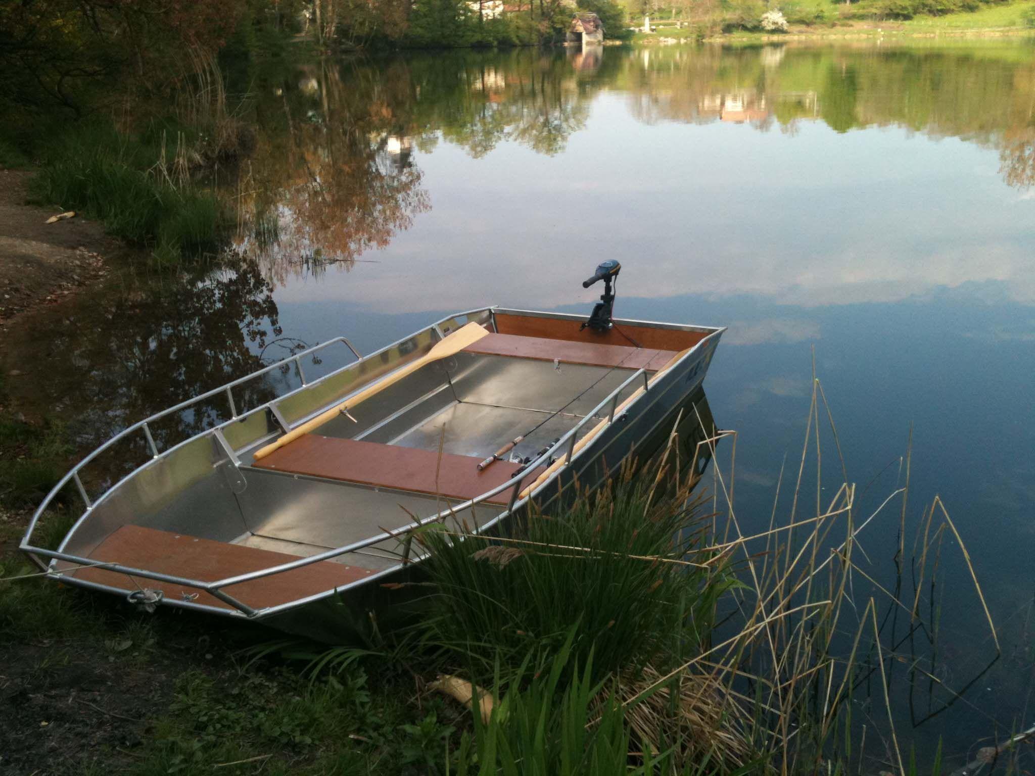 Barco de alumínio para pesca (9)