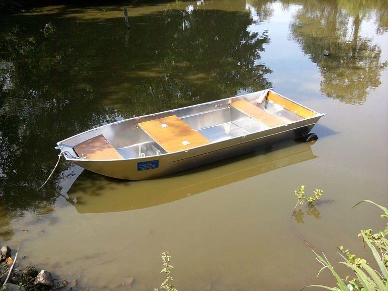 Barco de pesca em alumínio (14)