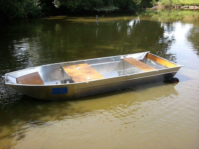 Barco de pesca em alumínio (15)