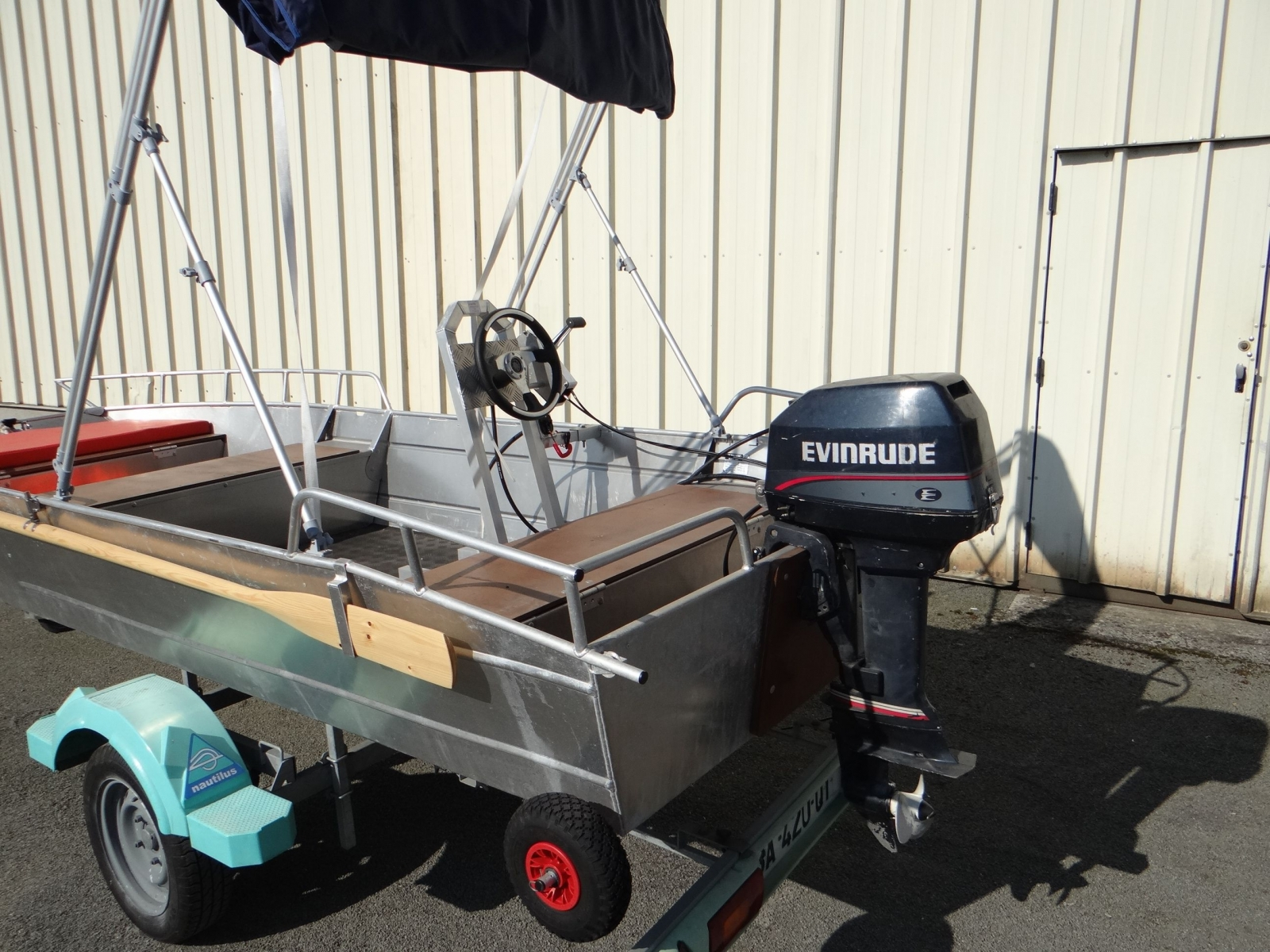 Barco de pesca em alumínio (2)