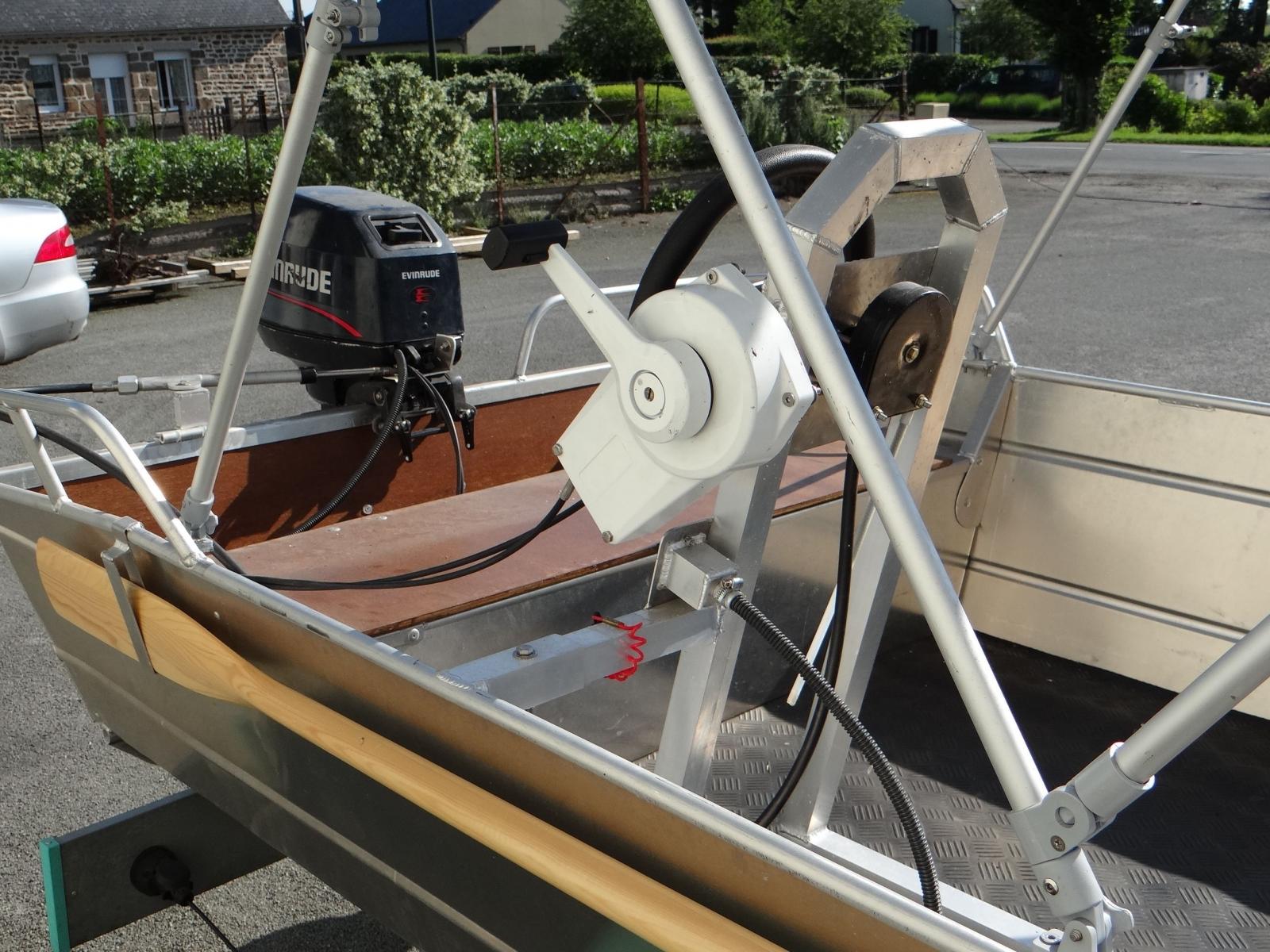 Barco de pesca em alumínio (3)