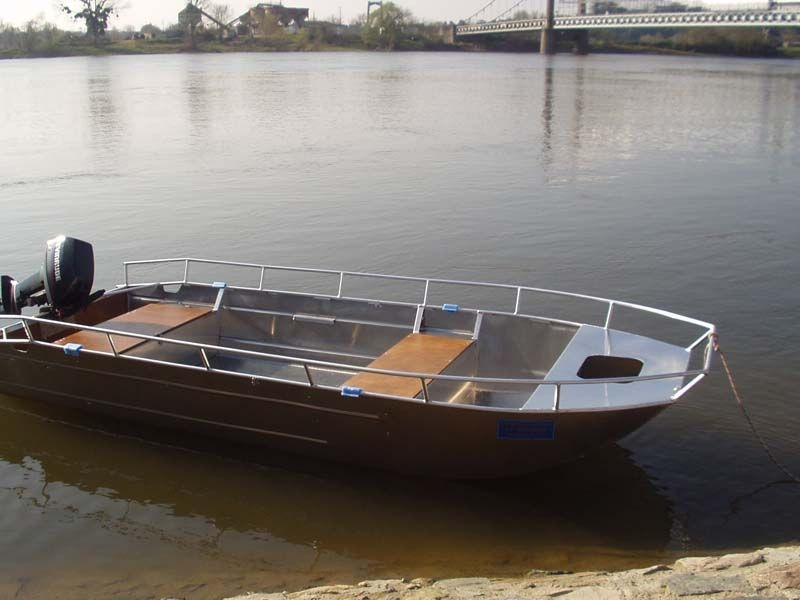 Barco de alumínio para pesca (14)
