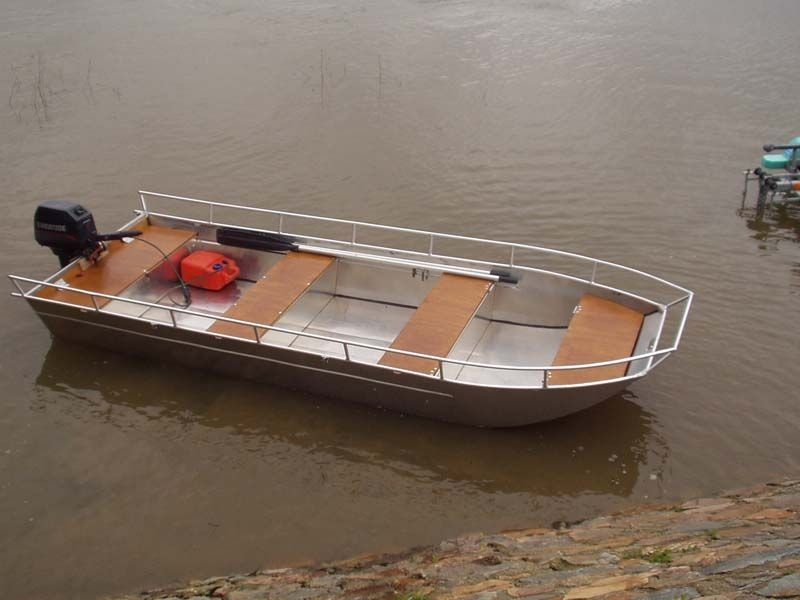 Barco de alumínio para pesca (5)