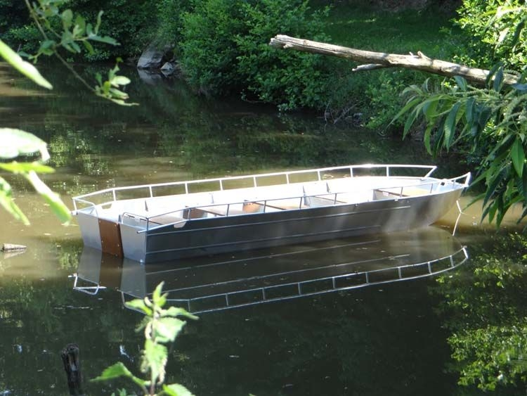 Barco de alumínio para pesca (7)