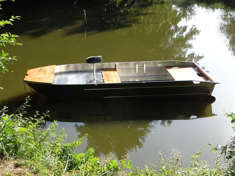 Barco de alumínio para pesca (25)