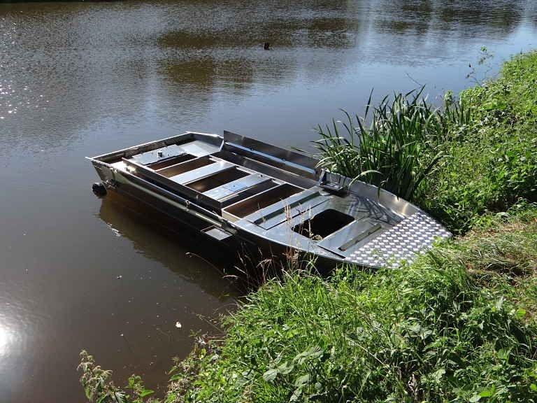 Barco de alumínio para pesca (42)