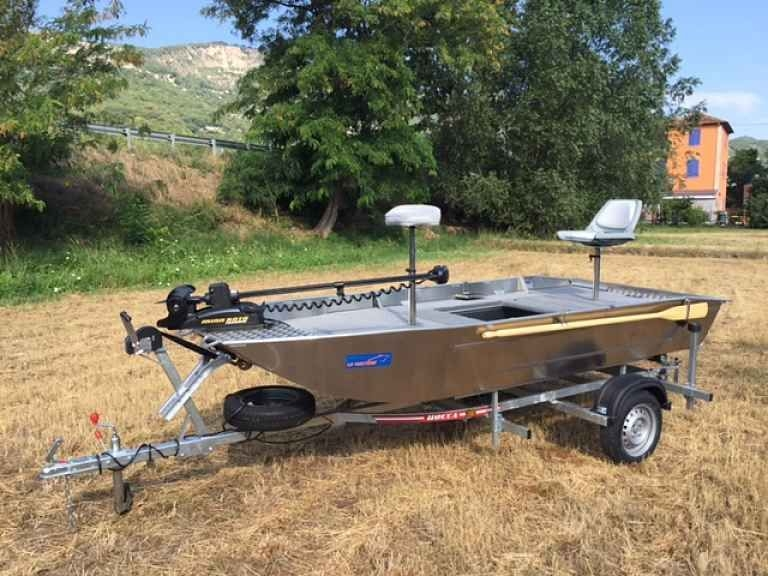 Barco de alumínio para pesca (97)