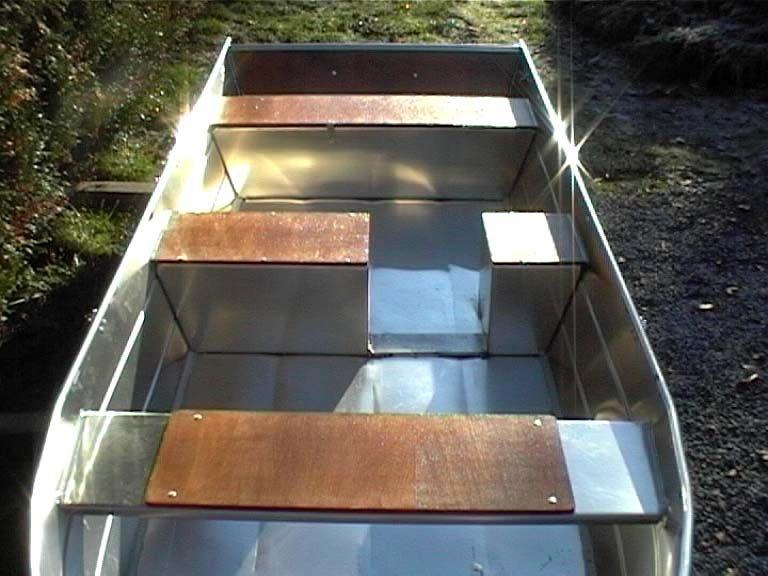 Barco de pesca em alumínio único (47)