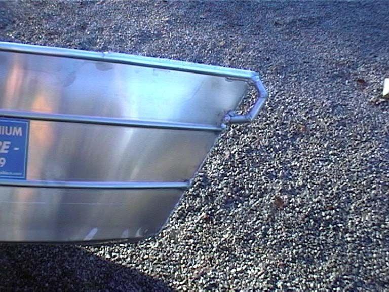 Barco de pesca em alumínio único (51)