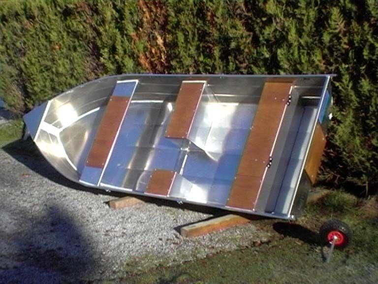 Barco de pesca em alumínio único (52)