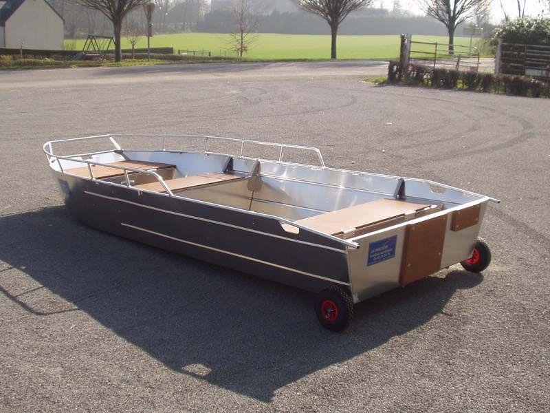 Barco de pesca em alumínio (7)