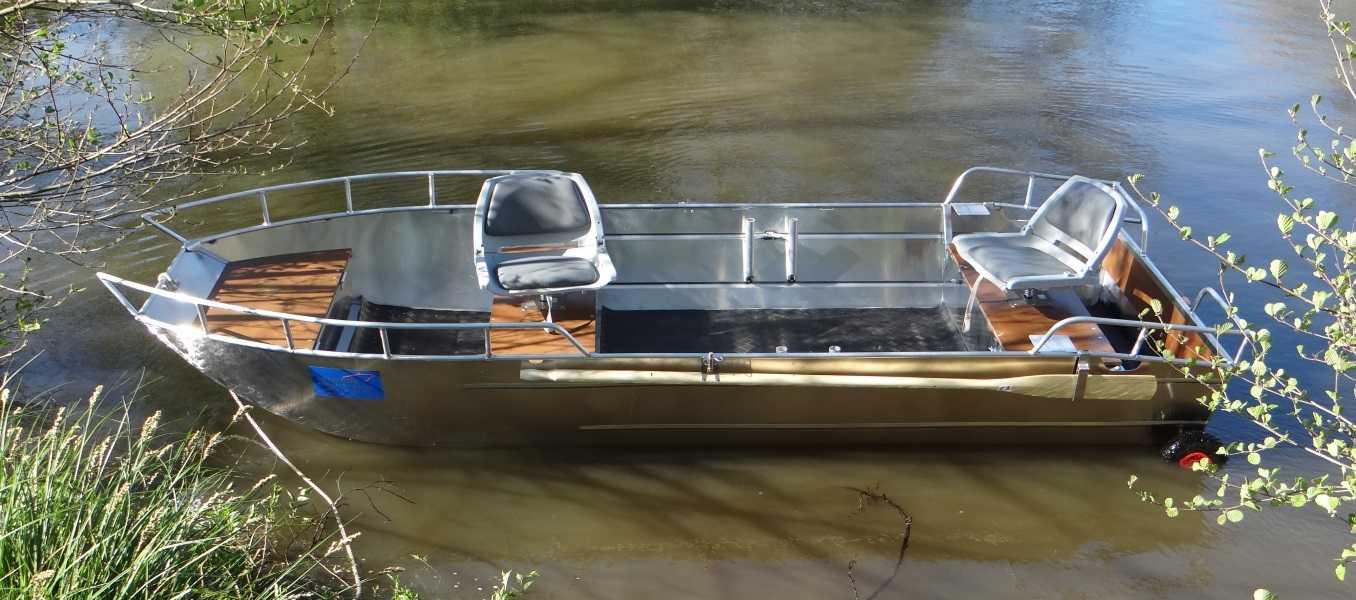 Barco-de-alumínio-leve