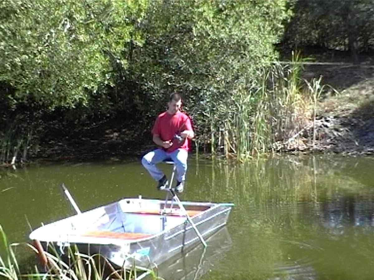 Barco de pesca em alumínio (13)