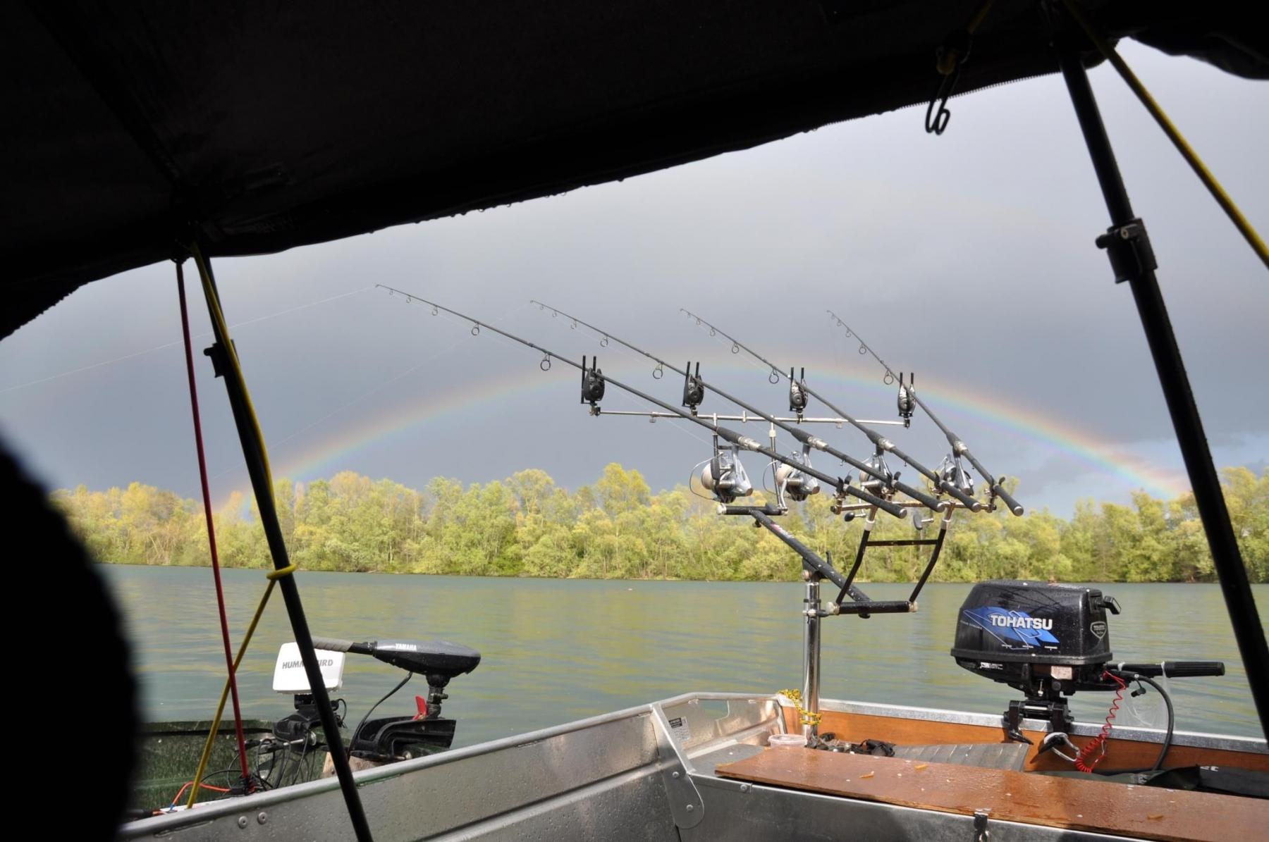 Barco de alumínio para pesca (10)
