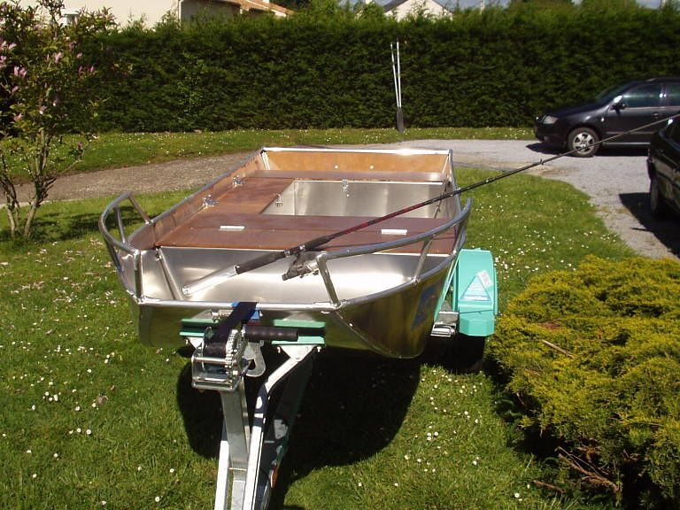 Barco de alumínio para pesca (24)