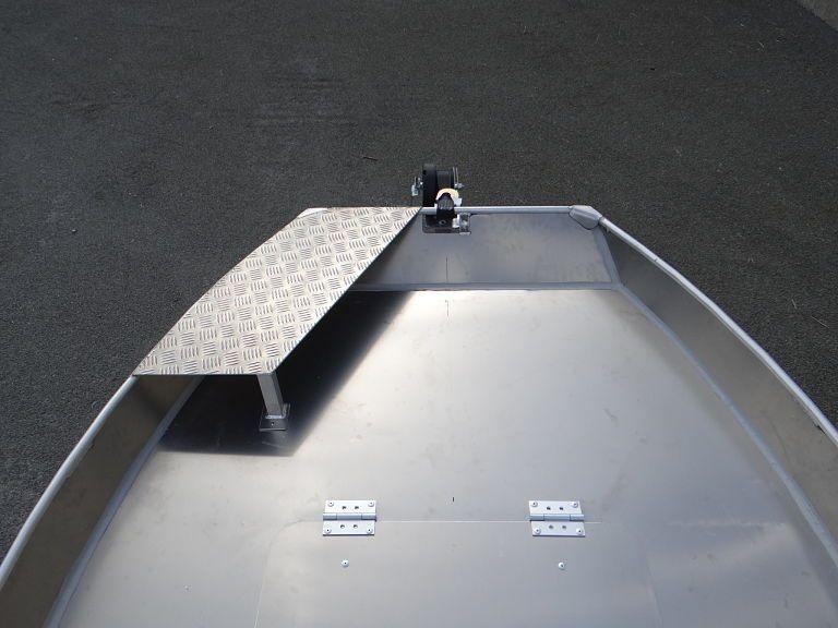 Barco de pesca em alumínio (11)